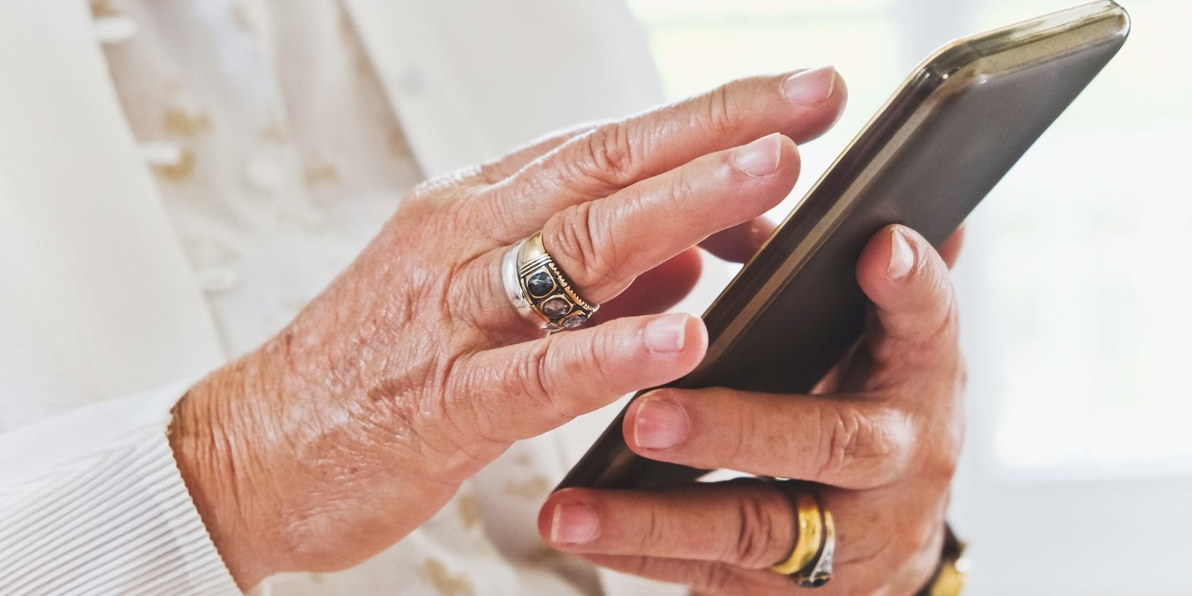 10 Useful iPhone Tips for Seniors