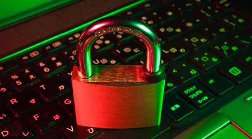 Cloud vs Local Password Managers: Which One Is Right For You?