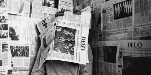 5+ Apps to Read Objective News Articles and Find Biased or Fake News