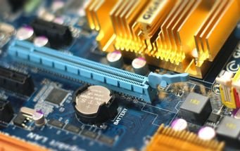 9 Useful Ways to Reuse Old Computer Motherboards