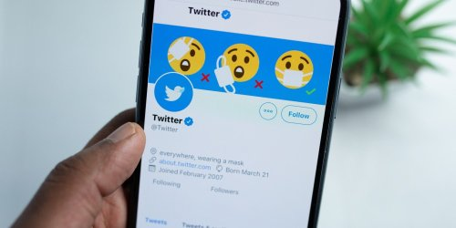 Why Twitter Should Treat Blue Ticks the Same As Everyone Else