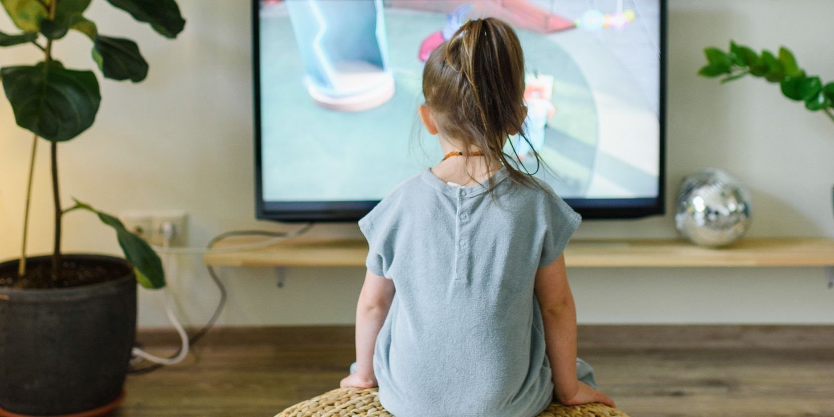 Can't See the Movie? Here's How You Clean a Flat Screen TV