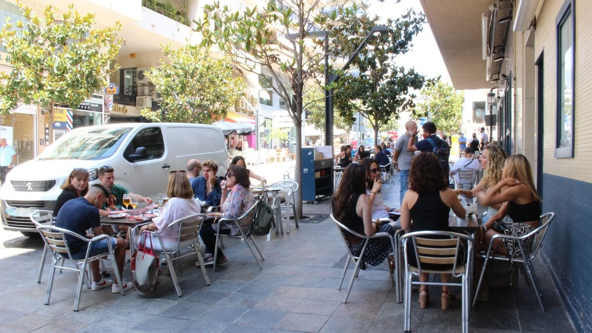 Los comerciantes piden bolardos para proteger la calle del atropello múltiple de Marbella