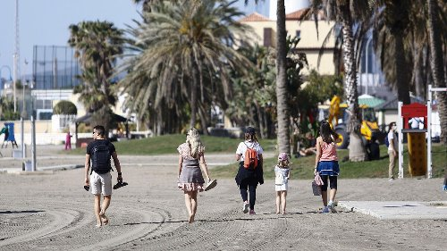 Málaga gana población pese al Covid gracias al tirón de los residentes extranjeros