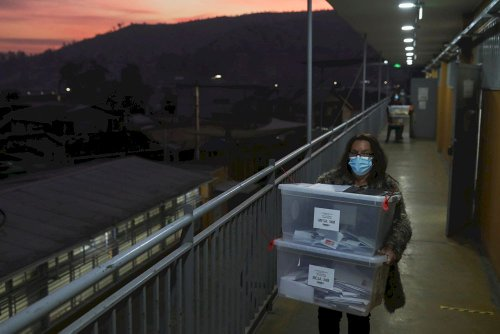Chileans vote for body to rewrite dictatorship-era constitution