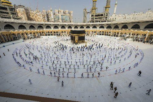 Saudi to host scaled-down haj for citizens, residents already in kingdom