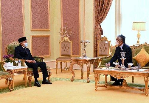 Cadangan Mageran tidak relevan, cubaan Dr Mahathir kembali berkuasa