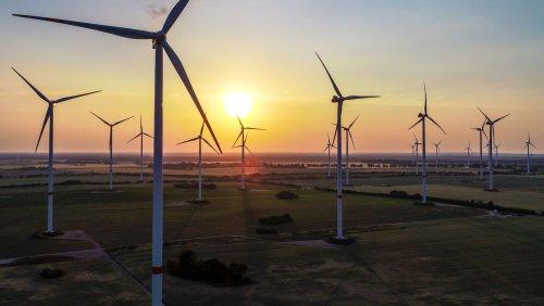 Solarstrom und Heimspeicher Powerwall Strom von Tesla statt von Eon? Musk mischt Energiemarkt auf