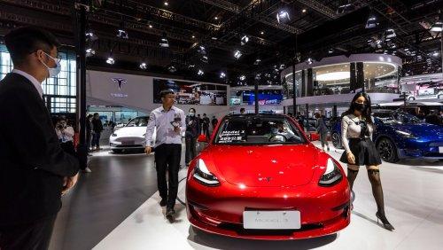 Nach Protest einer Kundin: China zwingt Tesla zu Entschuldigung