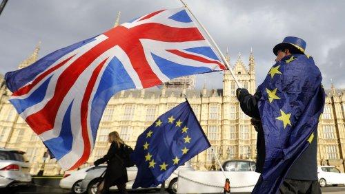Drei Varianten bleiben EU-Parlament sieht keine Chance mehr auf Brexit-Deal bis Jahresende