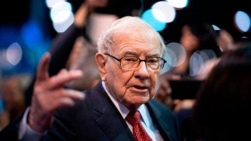 Gewinnsprung bei Berkshire Hathaway Warren Buffett sitzt auf 145 Milliarden Dollar Cash