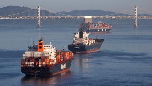 Zu wenig Schiffe, explodierende Frachtkosten Megastau auf Weltmeeren dürfte noch lange dauern
