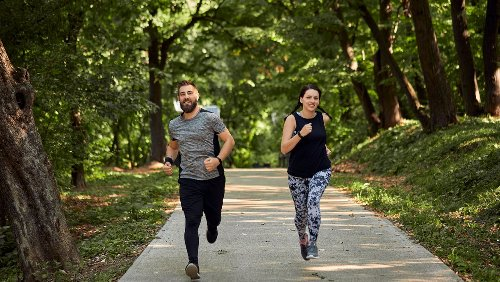 Tipps für Laufanfänger und Wiedereinsteiger: So werden Sie laufend zum Fettverbrenner