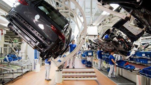 """Genug Nachschub ab viertem Quartal Volkswagen sieht bei Chipmangel """"Licht am Ende des Tunnels"""""""