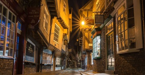 Yorkshire's most famous street is just cobbles and shops says unhappy tourist