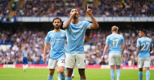 Michael Owen makes Premier League prediction after Man United lose and City win