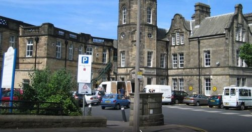Lancs NHS staff still paying for parking in some areas despite pledge