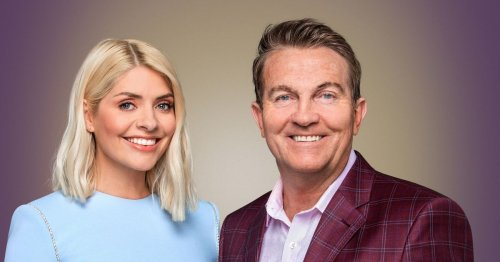 Take Off's Holly Willoughby screams as Bradley Walsh injures himself on air