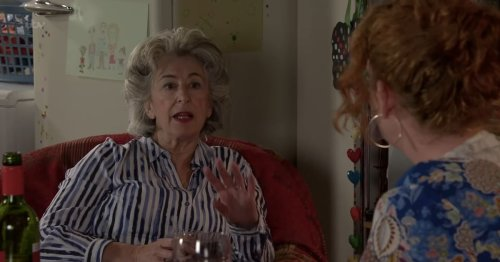 Corrie's Evelyn leaves fans in stitches as they spot Friends crossover