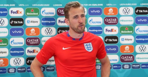Harry Kane puts timescale on transfer amid Man United and Man City interest
