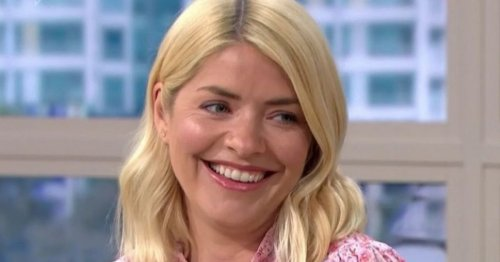 Holly Willoughby calls Bradley Walsh a 'nightmare'- ahead of new BBC show