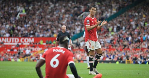 Man United need to unleash new formation to maintain Premier League bid