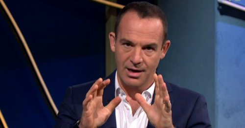 Martin Lewis' £30 message to anybody who shops at M&S