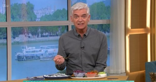 Holly Willoughby mocks Phillip Schofield over brilliant This Morning blunder