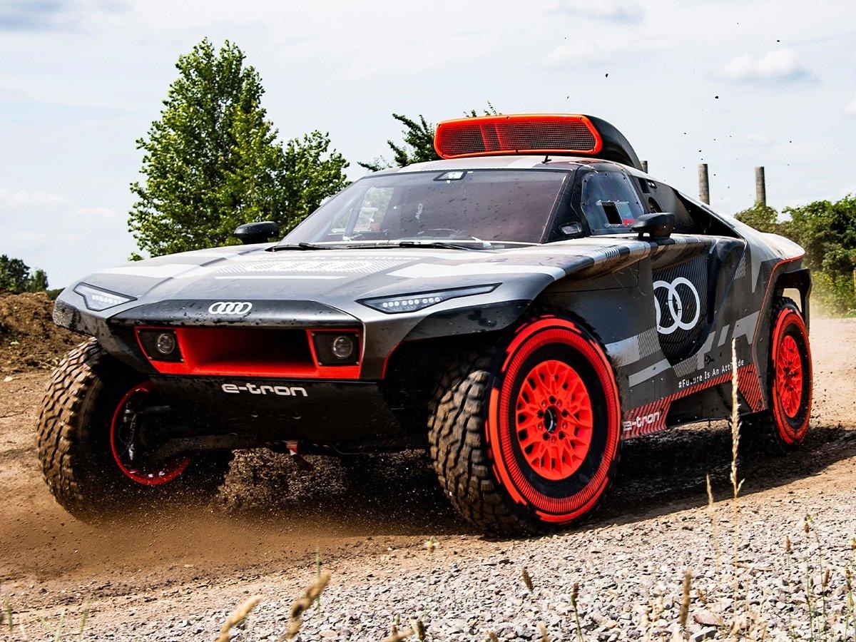 4. Audi Unveils Dakar-Destroying RS Q e-Tron Electric Rally Car