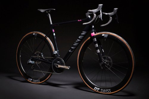 Rapha x Canyon's Special-Edition Disc Brake Ultimate is a 'Supercar' on 2 Wheels
