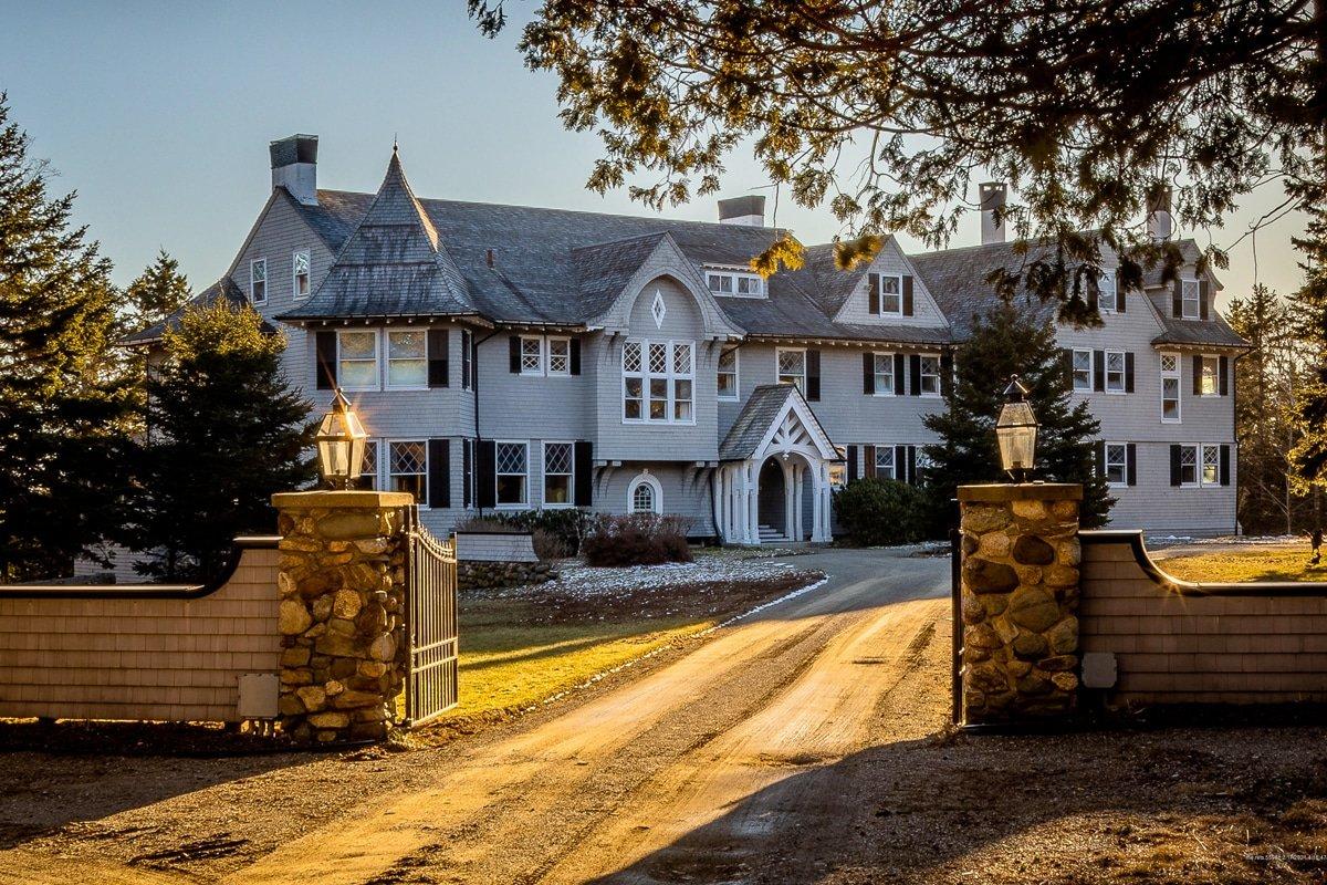 Inside the $5 Million, 20-Bedroom Waterfront Mansion John Travolta is Selling