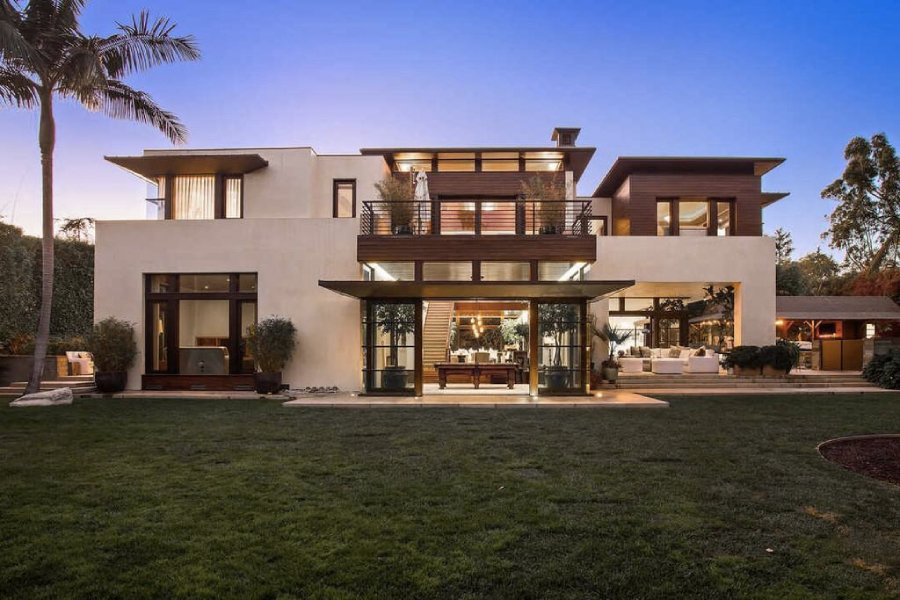Inside Matt Damon's $27 Million California Home