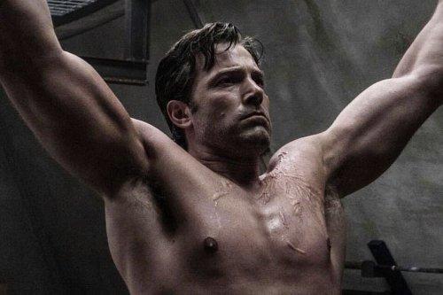 Ben Affleck 'Batman' Workout & Diet Plan | Man of Many