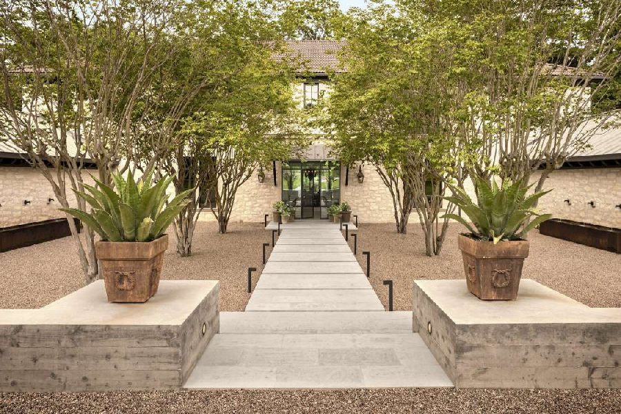 Inside Joe Rogan's Ridiculous $20M Texas Mansion
