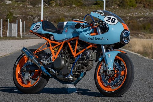 Gulf Liveried Ducati 750SS Cafe Racer Lives Up to Its Colours | Man of Many