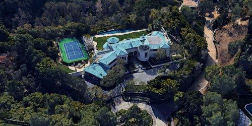 Beverly Hills Mansion of Late Media Titan Sumner Redstone Lists for $27.9 Million