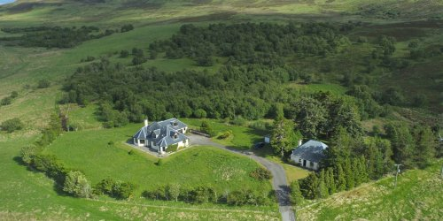 Scottish Estate Offers Three Residences on More Than 900 Acres for £1.7 million