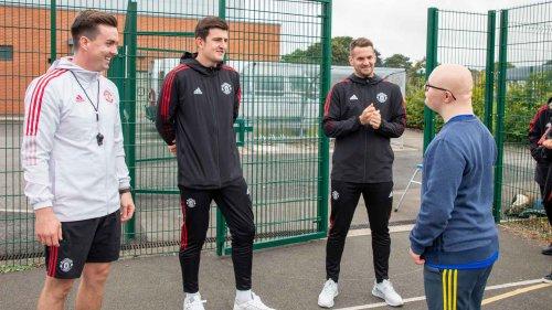 Reds visit Foundation partner school