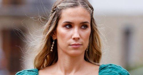 El look de invitada de María Pombo en la boda de Lucía Bárcena