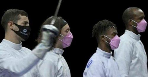JO 2020 : un masque rose porté par les escrimeurs américains pour dénoncer un coéquipier accusé de violences sexuelles