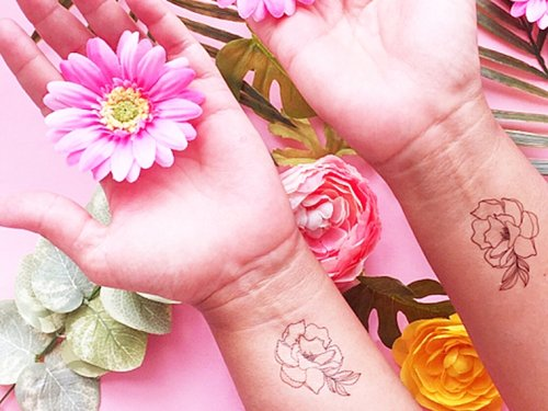 How To Make DIY Floral Temporary Tattoos On Maritza Lisa