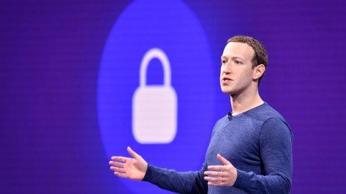 Plummeting digital ad market may complicate life for Google, Facebook