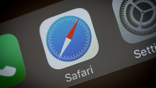 How to create a Tab Group in Safari with iOS 15