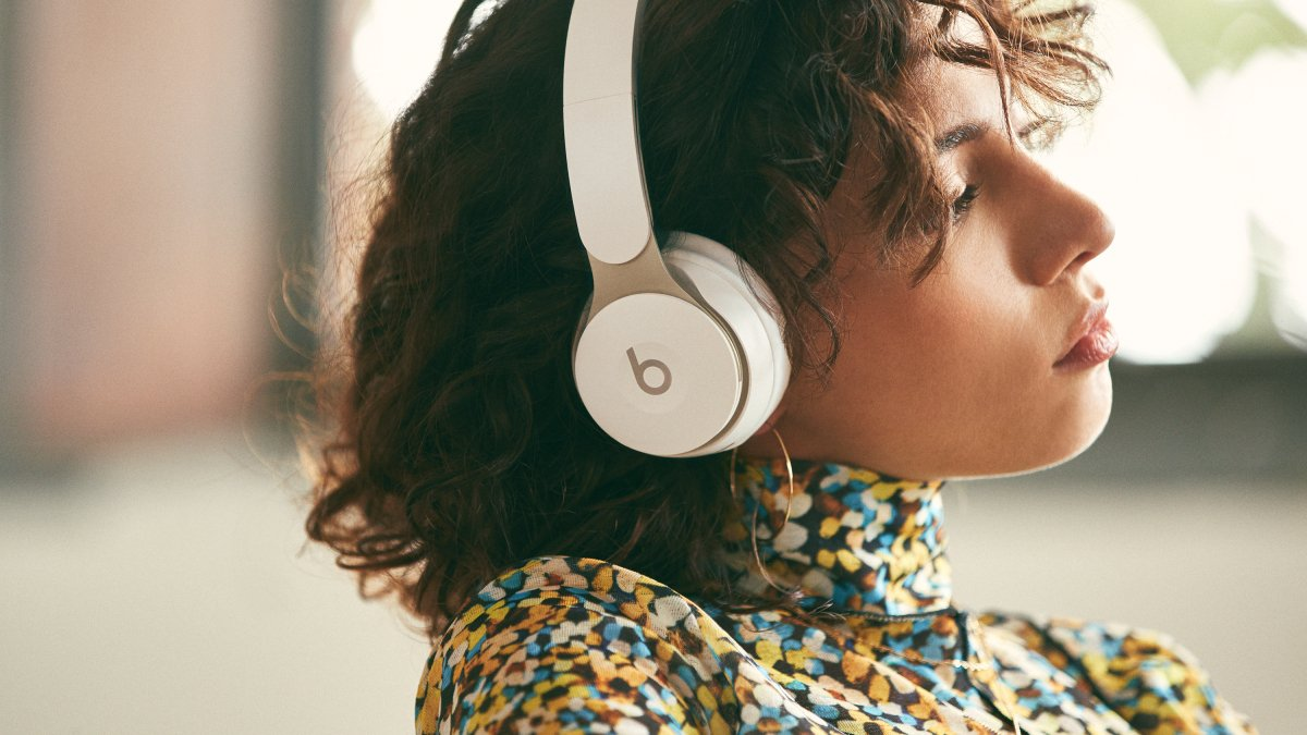 Students: The Beats Solo Pro and Powerbeats Pro are up to $70 off