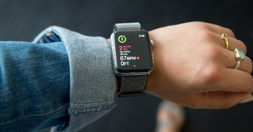 For some users, the Apple Watch Series 3 isn't playing nice with WatchOS 7