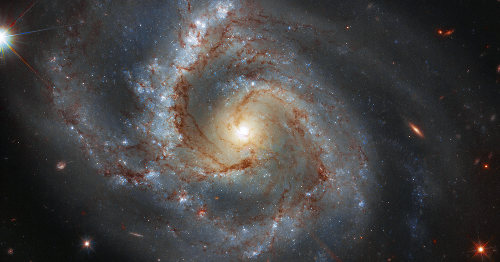 Beefy spiral galaxy shines brighter than ever in stunning Hubble image
