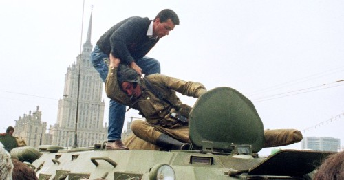 Remembering the failed coup that brought down a superpower
