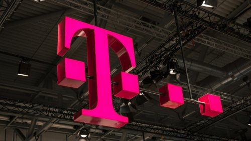 T-Mobile pushed back the death of Sprint's 3G network by three months