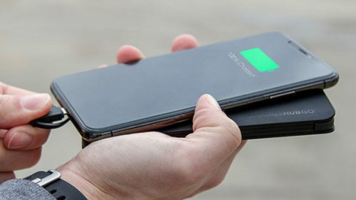 Charge up virtually any device with this versatile power bank – no cords needed