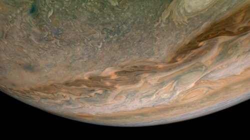 A fast object collided with Jupiter and blew up, space footage shows